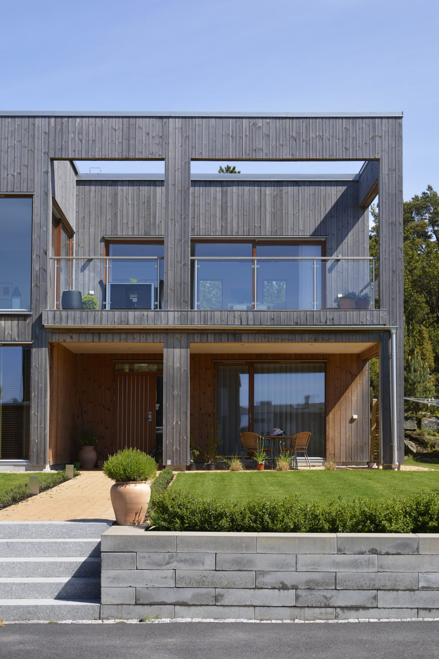 Villa N-exterior2-inobi